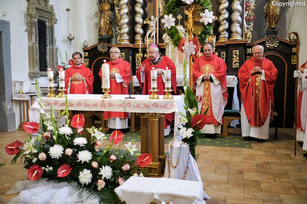 Sviatosť birmovania v Poprade - Veľkej dňa 7.10.2018 vysluhovaná otcom biskupom Štefanom Sečkom.