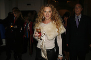 Kelly Hoppen, USA Today. Saatchi Gallery and The Royal academy of Arts. Piccadilly. London. 5 October 2006. -DO NOT ARCHIVE-© Copyright Photograph by Dafydd Jones 66 Stockwell Park Rd. London SW9 0DA Tel 020 7733 0108 www.dafjones.com