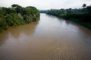 Sao Joaquim de Bicas_MG, Brasil...Rio Paraopeba em Sao Joaquim das Bicas...The Paraopeba river in Sao Joaquim das Bicas...Foto: LEO DRUMOND / NITRO