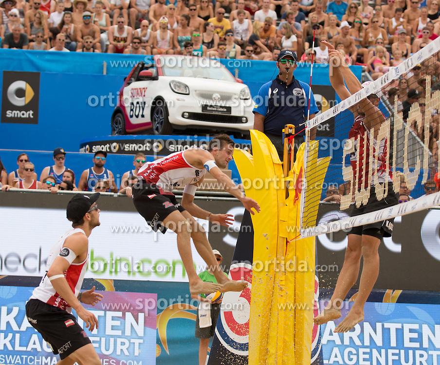 28.07.2016, Strandbad, Klagenfurt, AUT, FIVB World Tour, Beachvolleyball Major Series, Klagenfurt, Herren, im Bild Alexander Huber (1, AUT), Robin Seidl (2, AUT), Michal Kadziola (1, POL) // during the FIVB World Tour Major Series Tournament at the Strandbad in Klagenfurt, Austria on 2016/07/28. EXPA Pictures © 2016, PhotoCredit: EXPA/ Gert Steinthaler