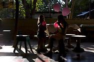compleanno 100 anni<br /> <br /> Jesus Dàvila Dàvila<br /> Belen, Carrillo (vicino SantaCruz)<br /> <br /> figlia:<br /> Adita Contreras Dàvila<br /> 651 1079 casa<br /> 349 4363 cell