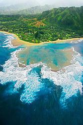 Large fringing coral reef at Tunnels Beach or Makua Beach, Ha`ena, Kauai, Hawaii, Pacific Ocean