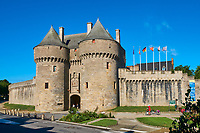 France, Loire-Atlantique (44), Presqu'île de Guérande, Guérande, la cité médiévale, la cité médiévale, la Porte Saint Michel du XVe siècle // France, Loire-Atlantique, Guérande, medieval city, Saint Michel door from 15 century