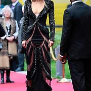 NLD/Utrecht/20121005- Gala van de Nederlandse Film 2012, aankomst Doutzen Kroes in Victor & Rolf jurk