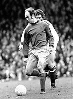 Fotball<br /> England <br /> Foto: Colorsport/Digitalsport<br /> NORWAY ONLY<br /> <br /> Peter Noble - Burnley. Arsenal v Burnley 2/2/74