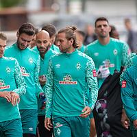 10.09.2020, Trainingsgelaende am wohninvest WESERSTADION - Platz 12, Bremen, GER, 1.FBL, Werder Bremen Training<br /> <br /> Gut gelaunt nach der Mental Stunde zum Training <br /> Simon Straudi (Werder Bremen #26)<br /> Niclas Füllkrug / Fuellkrug (Werder Bremen #11)<br /> Ömer / Oemer Toprak (Werder Bremen #21)<br /> Leonardo Bittencourt  (Werder Bremen #10)<br /> <br /> <br /> <br /> <br /> <br /> Foto © nordphoto / Kokenge