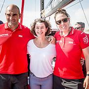 Presentación del proyecto Ocean Dream en la base del MAPFRE en Alicante en el que cinco mujeres que han luchado contra el cáncer recorrerán 4.000 millas entre Palma y Martinica con el objetivo de dar visibilidad a esta enfermedad y recaudar fondos para la investigación médica.