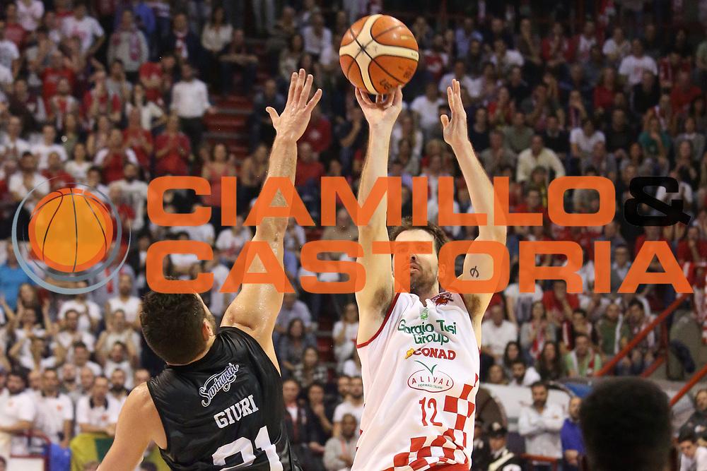 DESCRIZIONE : Campionato 2015/16 Giorgio Tesi Group Pistoia - Pasta Reggia Caserta<br /> GIOCATORE : Filloy Ariel<br /> CATEGORIA : Tiro<br /> SQUADRA : Giorgio Tesi Group Pistoia<br /> EVENTO : LegaBasket Serie A Beko 2015/2016<br /> GARA : Giorgio Tesi Group Pistoia - Pasta Reggia Caserta<br /> DATA : 15/11/2015<br /> SPORT : Pallacanestro <br /> AUTORE : Agenzia Ciamillo-Castoria/S.D'Errico<br /> Galleria : LegaBasket Serie A Beko 2015/2016<br /> Fotonotizia : Campionato 2015/16 Giorgio Tesi Group Pistoia - Pasta Reggia Caserta<br /> Predefinita :