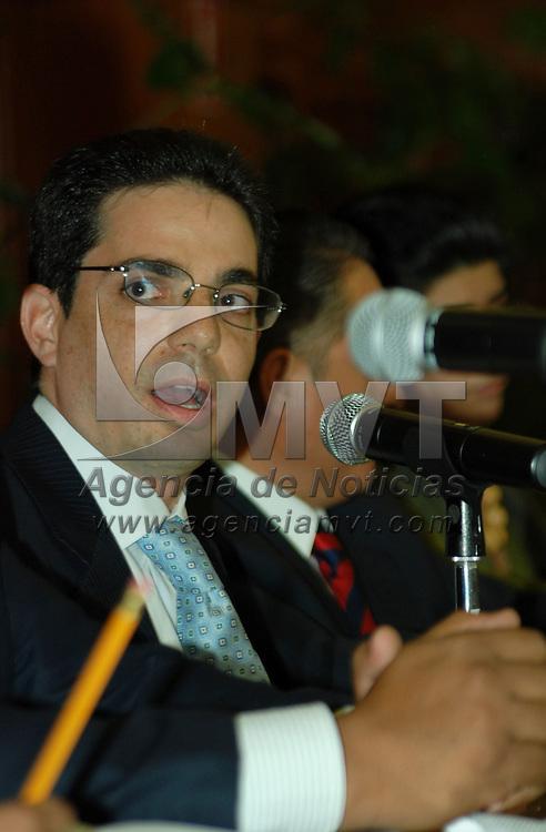 Toluca, Mex.- Alberto Bazbaz Sacal se reunió con la comisión de procuración de justicia de la cámara de diputados para plantear su plan de trabajo. Agencia MVT / José Hernández. (DIGITAL)<br /> <br /> <br /> <br /> NO ARCHIVAR - NO ARCHIVE