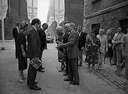 24/08/1984<br /> 08/24/1984<br /> 24 August 1984<br /> Opening of ROSC '84 at the Guinness Store House, Dublin. Some of the dignitaries and attendees outside the exhibition.