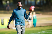 January 28 2016: Pro Football Hall of Famer Jerry Rice has some fun during the Pro Bowl practice at Turtle Bay Resort on North Shore Oahu, HI. (Photo by Aric Becker/Icon Sportswire)