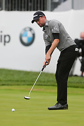 September 10, 2018 - Newtown Square, Pennsylvania, United States - Webb Simpson putts the 18th green during the final round of the 2018 BMW Championship. (Credit Image: © Debby Wong/ZUMA Wire)