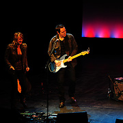 Amy Correia (singer) and Shane Fontayne performing with Marc Cohn's group at The Music Hall