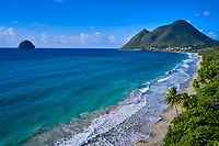 France, Martinique, Le Diamant, la plage, le Morne Larcher et le rocher // France, West Indies, Martinique, Le Diamant, the beach, the Morne Larcher and the rock