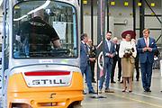 Koning Willem-Alexander en koningin Maxima bezoeken Transportbedrijf Vonk en Co tijdens het streekbezoek aan de Betuwe<br /> <br /> King Willem-Alexander and Queen Maxima at the town hall of Lower Betuwe during the regional visit to the Betuwe