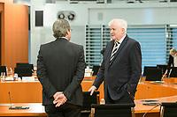 07 OCT 2020, BERLIN/GERMANY:<br /> Andreas Scheuer (L), CSU, Bundesverkehrsminister, und Horst Seehofer (R), CSU, Bundesinnenminister, im Gespraech,  vor Beginn der Kabinettsitzung, Internationaler Konferenzsaal, Bundeskanzleramt<br /> IMAGE: 20201007-01-007<br /> KEYWORDS: Sitzung, Kabinett, Gespräch