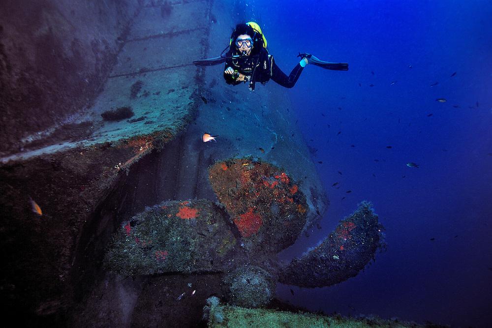 26/Octubre/2013 Islas Baleares. Ibiza<br /> Imágenes submarinas en el pecio del Don Pedro con Subfari.<br /> <br /> ©JOAN COSTA