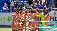 AMSTELVEEN - Vreugde bij Oranje, Thijs van Dam (Ned) heeft de beslissende gescoord, en viert het met keeper Pirmin Blaak (Ned) , Thierry Brinkman (Ned) en de anderen,  EK hockey, finale Nederland-Duitsland 2-2. mannen.  Nederland wint de shoot outs en is Europees Kampioen.  COPYRIGHT KOEN SUYK