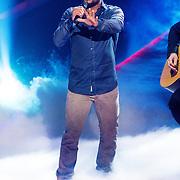 NLD/Hilversum /20131213 - Halve finale The Voice of Holland 2013, optreden Mitchell Brunings