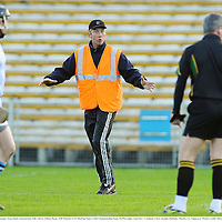 27 November 2011; Na Piarsaigh manager Sean Stack remonstrates with referee Johnny Ryan. AIB Munster GAA Hurling Senior Club Championship Final, Na Piarsaigh, Limerick v Crusheen, Clare, Semple Stadium, Thurles, Co. Tipperary. Picture credit: Diarmuid Greene / SPORTSFILE