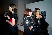 SAFFRON ALDRIDGE;  JANICE BLACKBURN; ZAHA HADID, brit Insurance Design Awards 2009. Design Museum. London. 18 March 2009. *** Local Caption *** -DO NOT ARCHIVE-© Copyright Photograph by Dafydd Jones. 248 Clapham Rd. London SW9 0PZ. Tel 0207 820 0771. www.dafjones.com.<br /> SAFFRON ALDRIDGE;  JANICE BLACKBURN; ZAHA HADID, brit Insurance Design Awards 2009. Design Museum. London. 18 March 2009.