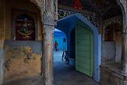 Old house inside the Pink City bazar, Jaipur