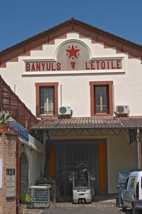 Winery shop. Winery building. Cave cooperative Etoile. Banyuls sur Mer, Roussillon, France