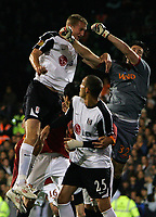 Brede Hangeland scores Fulham's 1st goal.<br />