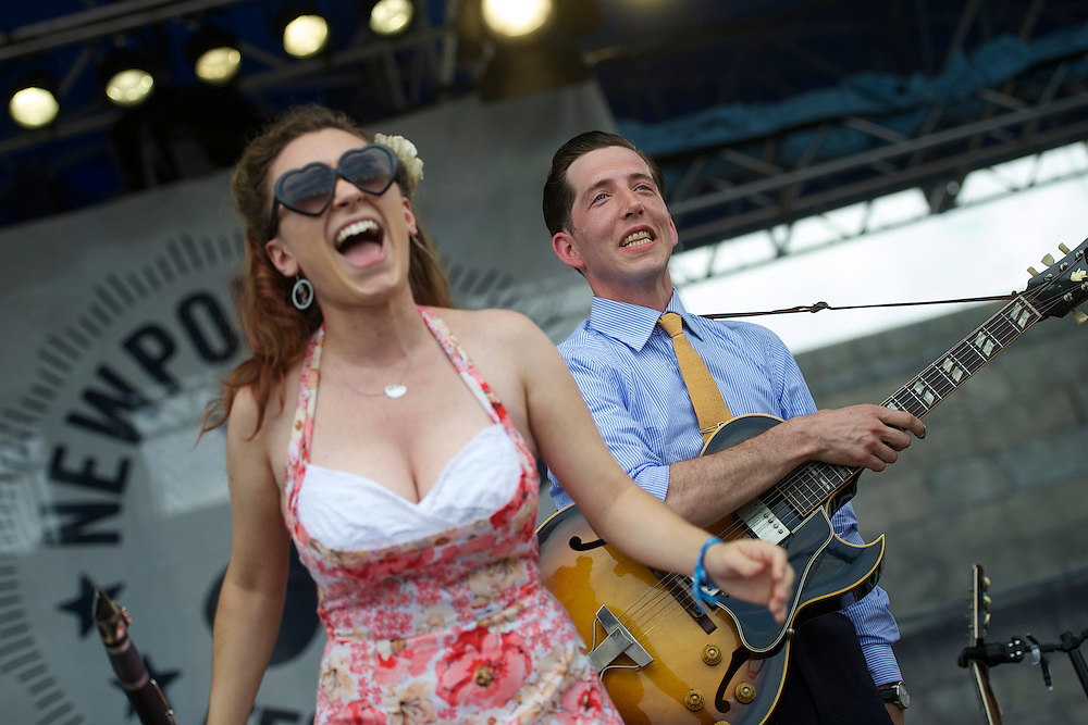 (L-R) Chloe Feoranzo and Pokey Lafarge perform during the Newport Folk Festival in Newport, RI on July 26, 2014. The three day festival was founded in 1959.