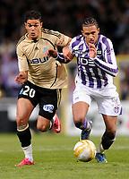 Fotball<br /> Frankrike<br /> Foto: DPPI/Digitalsport<br /> NORWAY ONLY<br /> <br /> FOOTBALL - FRENCH CHAMPIONSHIP 2008/2009 - L1 - TOULOUSE FC v OLYMPIQUE MARSEILLE - 30/11/2008 - HATEM BEN ARFA (OM) - ETIENNE CAPOUE (TFC)
