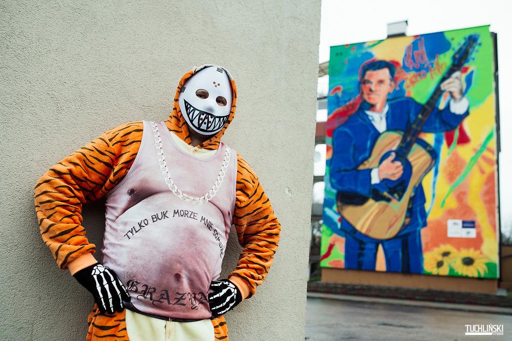 """Białystok, Polska 09.01.2020<br /> """"Mis Bimbrownik"""" pomysłodawca muralu z Zenkiem Martyniukiem w Bialymstoku.<br /> Fot. Adam Tuchlinski dla Newsweek Polska"""