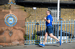 © Licensed to London News Pictures. 07/05/2018. London, UK. A man jogging in Little Venice, West London on Monday, May 7th 2018. Today is expected to be the hottest May bank holiday Monday on record. Photo credit: Ben Cawthra/LNP