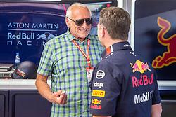 30.06.2019, Red Bull Ring, Spielberg, AUT, FIA, Formel 1, Grosser Preis von Österreich, Siegerehrung, im Bild v.l.: Dietrich Mateschitz (AUT) Red Bull Gruender und Eigentuemer, Motorsportchef Christian Horner (GRB, Red Bull Racing) // f.l.: CEO and Founder of Red Bull Dietrich Mateschitz (AUT) Red Bull Racing Team Principal Christian Horner (GBR) during the Winner ceremony for the Austrian FIA Formula One Grand Prix at the Red Bull Ring in Spielberg, Austria on 2019/06/30. EXPA Pictures © 2019, PhotoCredit: EXPA/ Dominik Angerer