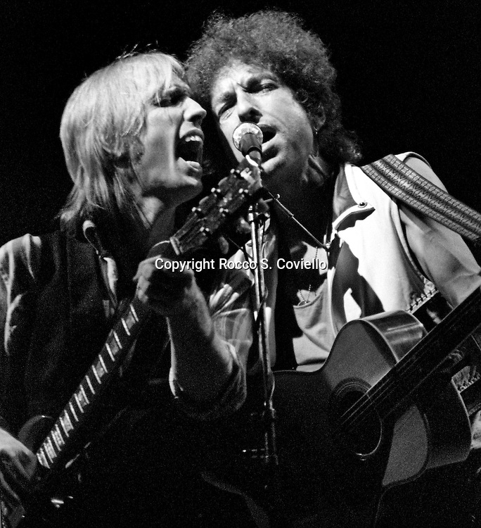 Bob Dylan with Tom Petty and the Heartbreakers at Great Woods in Mansfield MA. 1986.