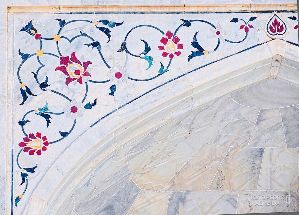 The detail stonework of the Taj Mahal