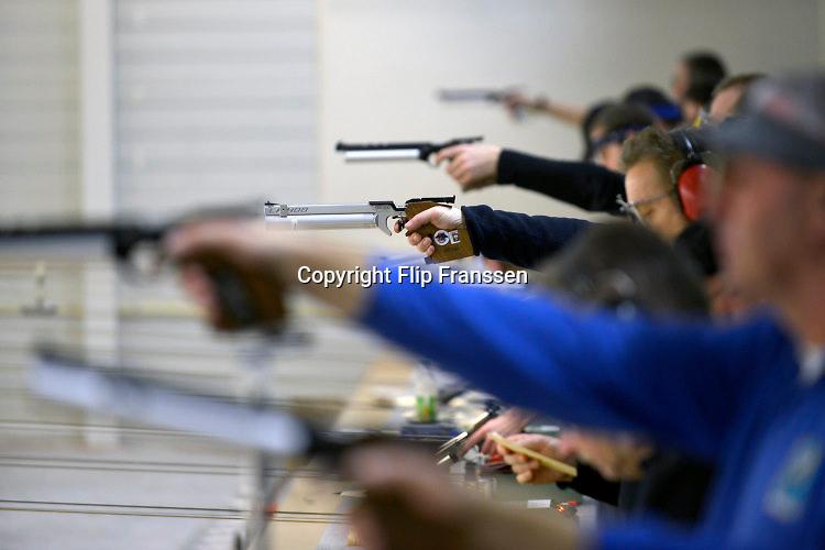 Nederland, Bemmel, 9-1-2016Sportschieten op de schietbaan van een schietvereniging. Foto: Flip Franssen/Hollandse Hoogte