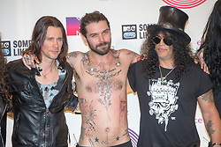 Myles Kennedy, Simon Neil and Slash, backstage at the winners room MTV EMA, Glasgow.