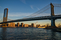 One Manhattan Square (left) & Manhattan Bridge