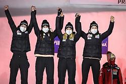 27.02.2021, Oberstdorf, GER, FIS Weltmeisterschaften Ski Nordisch, Oberstdorf 2021, Damen, Skisprung, HS106, Teambewerb, Siegerehrung, im Bild Team Slovenia // Slovenia: Ema Klinec, Ursa Bogataj, Spela Rogelj and Nika Kriznar during the Award Ceremony for the women ski Jumping HS106 Team Competition of FIS Nordic Ski World Championships 2021. Oberstdorf, Germany on 2021/02/27. EXPA Pictures © 2021, PhotoCredit: EXPA/ Tadeusz Mieczynski