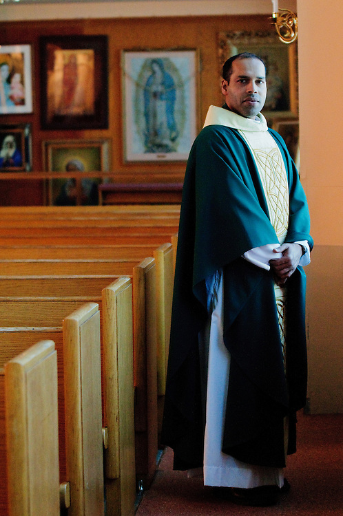 Rev. Charles Bolser is pastor at St. Viator Catholic Parish on Chicago's northwest side. February 9, 2012 l Brian J. Morowczynski~ViaPhotos..For use in a single edition of Catholic New World Publications, Archdiocese of Chicago. Further use and/or distribution may be negotiated separately. ..Contact ViaPhotos at 708-602-0449 or email brian@viaphotos.com.