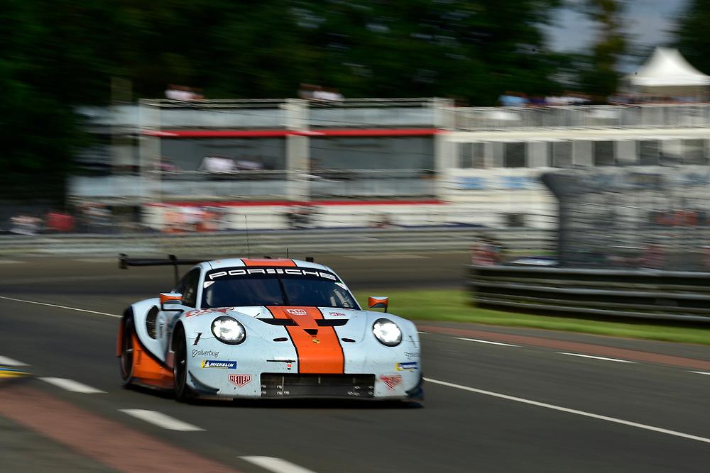 #86 Gulf Racing Porsche 911 RSR: Michael Wainwright, Benjamin Barker, Alex Davison<br /> Wednesday 13 June 2018<br /> 24 Hours of Le Mans<br /> 2018 24 Hours of Le Mans<br /> Circuit de la Sarthe  FR<br /> World Copyright: Scott R LePage