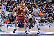 DESCRIZIONE : Campionato 2015/16 Serie A Beko Dinamo Banco di Sardegna Sassari - Umana Reyer Venezia<br /> GIOCATORE : Christian Eyenga<br /> CATEGORIA : Palleggio<br /> SQUADRA : Dinamo Banco di Sardegna Sassari<br /> EVENTO : LegaBasket Serie A Beko 2015/2016<br /> GARA : Dinamo Banco di Sardegna Sassari - Umana Reyer Venezia<br /> DATA : 01/11/2015<br /> SPORT : Pallacanestro <br /> AUTORE : Agenzia Ciamillo-Castoria/L.Canu