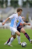 FOOTBALL - FRIENDLY GAMES 2010/2011 - GIRONDINS BORDEAUX v FC TOURS - 24/07/2010 - PHOTO JEAN MARIE HERVIO / DPPI - JULIEN CARDY (FCT)