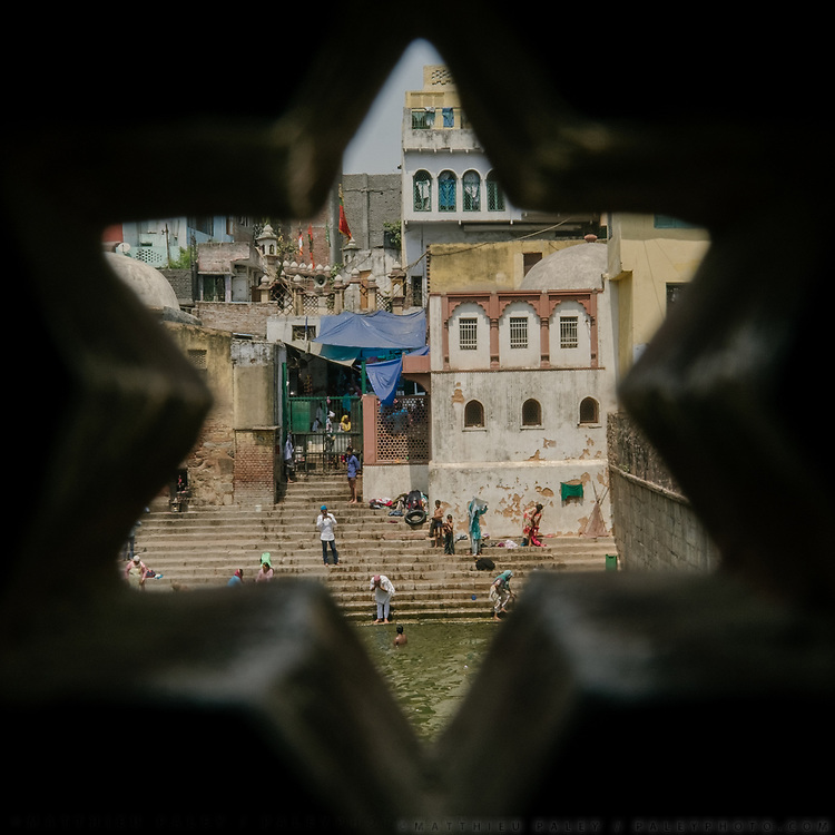 One of the famous step-well where Delhi people use to get their fresh water from. The Nizamuddin sufi shrine in Delhi.