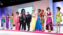 Show da Intercoiffure América Latina durante a HAIR BRASIL 2012 - 12 ª Feira Internacional de Beleza, Cabelos e Estética, que acontece de 24 a 27 de março no Expocenter Norte, em São Paulo. FOTO: Jefferson Bernardes/Preview.com