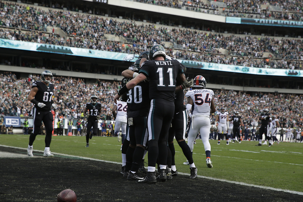 during the NFL game between the Denver Broncos and the Philadelphia Eagles at Lincoln Financial Field in Philadelphia, PA on Sunday, November 5th 2017. The Eagles won 51-23. (Brian Garfinkel/Philadelphia Eagles)