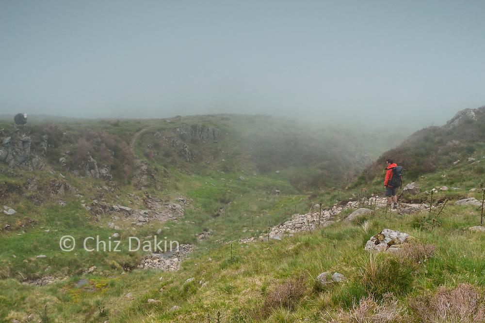 Unexpected gully when descending NE ridge of Harter Fell