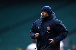Kyle Sinckler of England looks on from the sidelines - Mandatory byline: Patrick Khachfe/JMP - 07966 386802 - 14/11/2020 - RUGBY UNION - Twickenham Stadium - London, England - England v Georgia - Autumn Nations Cup