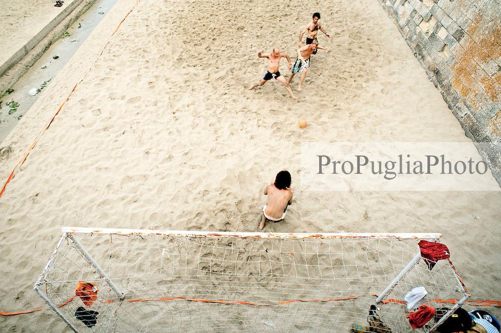 Otranto - giochi in spiaggia