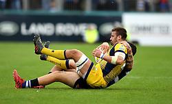 Matt Banahan of Bath Rugby tackles Carl Kirwan  of Worcester Warriors  - Mandatory by-line: Joe Meredith/JMP - 17/09/2016 - RUGBY - Recreation Ground - Bath, England - Bath Rugby v Worcester Warriors - Aviva Premiership